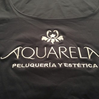 Logotipo estética.